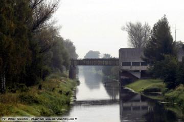 Głuchów 20.09.2017. W oddali most kolejowy na trasie Cigacice Bojadła.