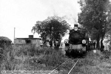 Pociąg specjalny zmierzający do Dusznik, na do stacji Śliwno w dniu 13.09.1986.