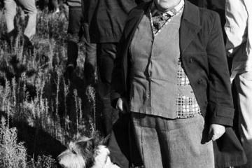 Moja mama z pieskiem Wandalem 23.10.1987