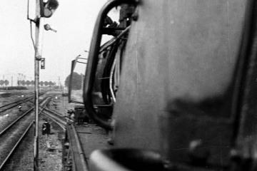 Barcin. Widok z parowozu pociągu osobowego Wągrowiec Szubin w dniu 26.06.1987.