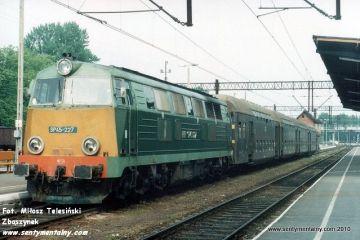 Kołobrzeg 07.06.1991. Pociąg w kierunku Gryfic.