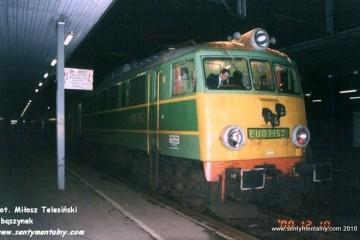Poznań Główny 10.12.2000. maszynistą Pan Puka.