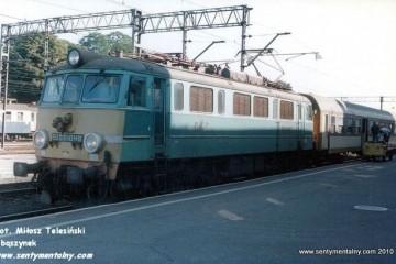 """Krzyż 16.08.1997. """"Lopek"""" do Szczecina. Maszynistą Pan Kruś."""