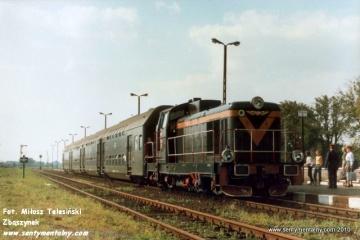Pociąg Leszno - Ostrów Wlkp. w Krobi, dnia 10.09.1988.