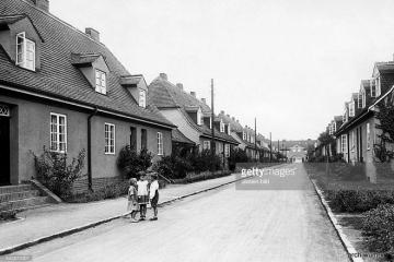 Ulica Kilińskiego (Bismarckstrasse), w stronę Placu Wolności w 1930 roku.