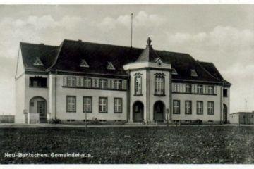 Urząd Miejski w dzisiejszym Zbąszynku (Rathaus) około 1935 roku.