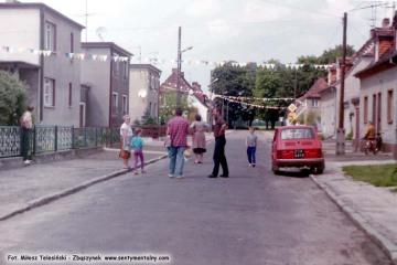 1995 - przygotowania do procesji.
