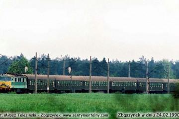 EU07-099 z Poznania do Jeleniej Góry, wjeżdża do Zbąszynka w dniu 10.05.1989.