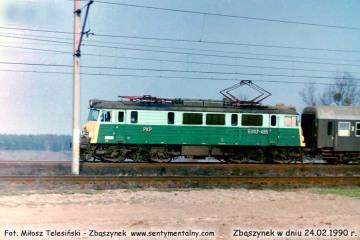 EU07-495 z pośpiesznym Warszawa - Berlin, wjeżdża do Zbąszynka w dniu 24.02.1990.