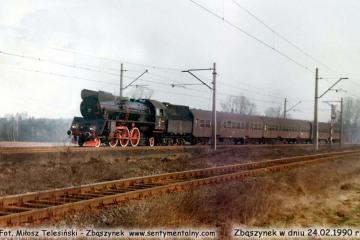 Osobowy z Leszna zbliża się do Zbąszynka  w dniu 24.02.1990.