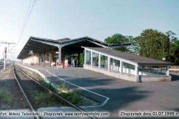 Perony w Zbąszynku w dniu 01.07.1995.