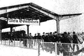 Peron drugi - celny do 1944 roku, przed wybudowaniem przejść podziemnych, brakuje też perony trzeciego powstałego w latach 40 tych.