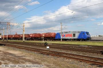 Wjazd na dworzec towarowy koło nastawni ZK-1 05.08.2017.