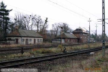 """Nastawnia towarowa ZK-11. Dawniej NgN """"Zbąszynek, północny towarowy"""". 09.12.2009"""