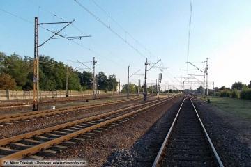 Widok z przejazdu w stronę peronów. 24.08.2013