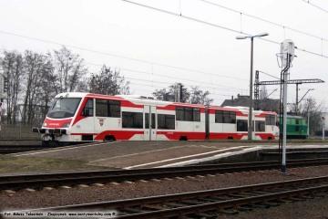 02.03.2009 Widoczny szynobus do Wolsztyna.