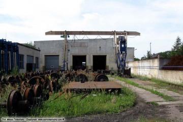 27.07.2009 Pozostałość po wagonowni.