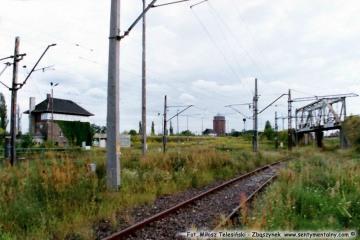 Dworzec rozrządowy i nastawnia Zk13 21.08.2004