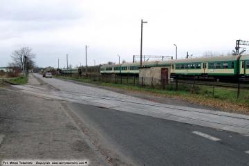 Przejazd pomiędzy bocznicą wikliny i GS ów (do 1945 tartaku), a myjką wagonów w dniu 23.11.2009