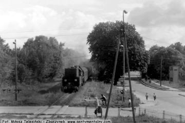 Ol49-61 z Ełku, wjeżdża do Gołdapi w dniu 29.09.1990.