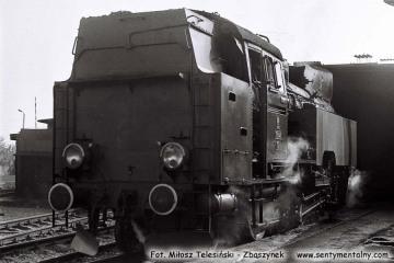 Tkt48-78 przy lokomotywowni Kępno w dniu 17.05.1987.