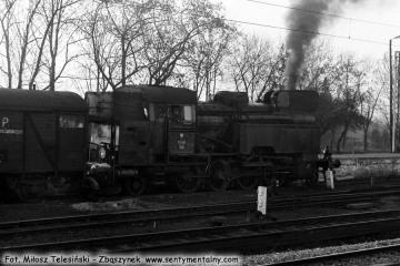 Tkt48-129 w Ostrzeszowie na manewrach w dniu 15.11.1986.
