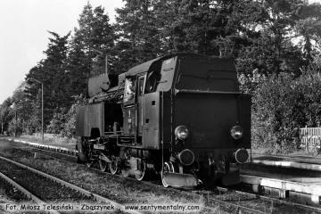Pociąg specjalny z Tkt48-28 na stacji Skwierzyna obraca w stronę Wierzbna (Międzyrzecza - Zbąszynka). Skwierzyna 03.10.1987