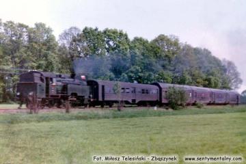 Tkt48 z osobowym Kępno - Oleśnica, wjeżdża do Sycowa w dniu 10.05.1990.