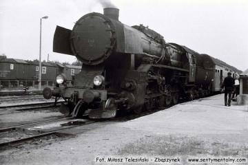 Wągrowiec. Ty43-13 ze składem o Szubina w dniu 26.06.1987, którym się zabraliśmy na parowóz.