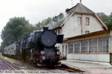 Ty2-239 z osobowym do Kętrzyna w Węgorzewie w dniu 11.09.1990.