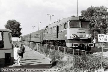 Hrubieszów 14.06.1990, ST44-344 z osobowym w stronę Zawady.