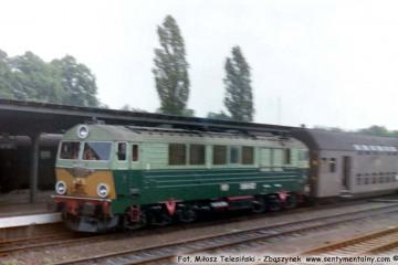SU46-027 na stacji Żary w 1990 roku.