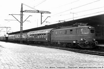 """Zbąszynek.  EP05-23 z """"Beroliną"""" z Warszawy w dniu 22.08.1986."""