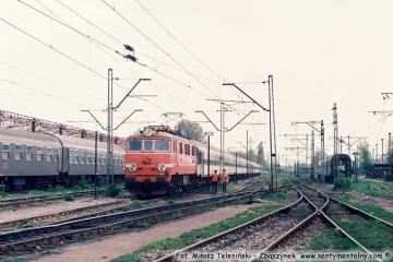 EP08-009. Warszawa Szczęśliwice w maju.1991