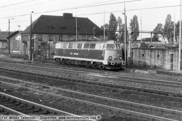 Poznań Główny 01.06.1990.  SP45-057.