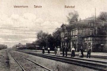 28_1915.jpg