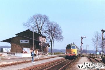 Wierzbno 19.03.1990. SP45 140 z osobowym Międzychód - Międzyrzecz.