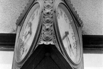Zegar w Rudnicy w dniu 22.09.1987.