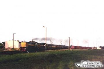Bełżec 28.06.1992. SP32-144, wieczorny pociąg do Warszawy.