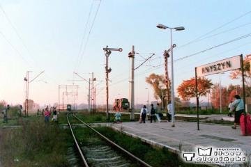 Knyszyn 10.10.1995. Oddający się pociąg, którym tu dotarłem.