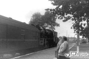 Ol49-4 z Ełku do Gołdapi na stacji w Stożnych 12.09.1990.