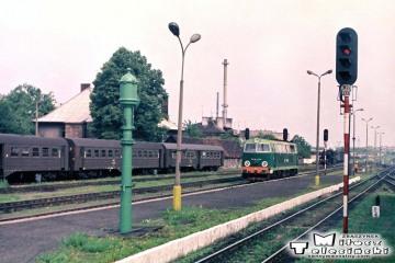 Ełk w dniu 17.06.1988.. SP45-074, pierwsze z ogrzewaniem elektrycznym.