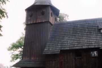 Kościół w Chlastawie 11.07.2004.