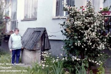 ul. Polna 5 w dniu 25.06.1992. na zdjęciu moja mama.