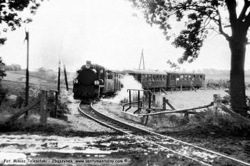 Pociąg specjalny zmierzający do Dusznik, zbliża się do stacji Śliwno w dniu 13.09.1986.