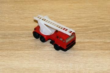 Straż kupiona w 1988 roku, model produkcji Polskiej, bez nazwy serii. Były też inne odmiany tej serii.
