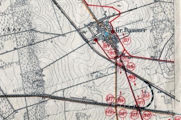 1902 Na mapie z 1902 roku, podczas powstawania Zbąszynka, naniesiono czerwonym planowane zmiany oraz łukowe połączenie do Międzyrzecza.