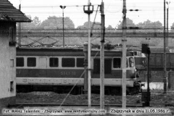 ST43-70 na tle zasieków węglowych 11.05.1986