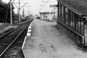 Początek peronu pierwszego 11.05.1986.