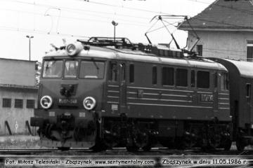 Pociąg pośpieszny Berlin - Warszawa, EU07-349. 11.05.1986.